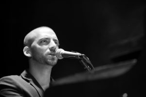 Idan Raichel-2 short hair FB